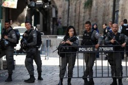 Muslim World Condemns Israel's Closure of Al-Aqsa Mosque
